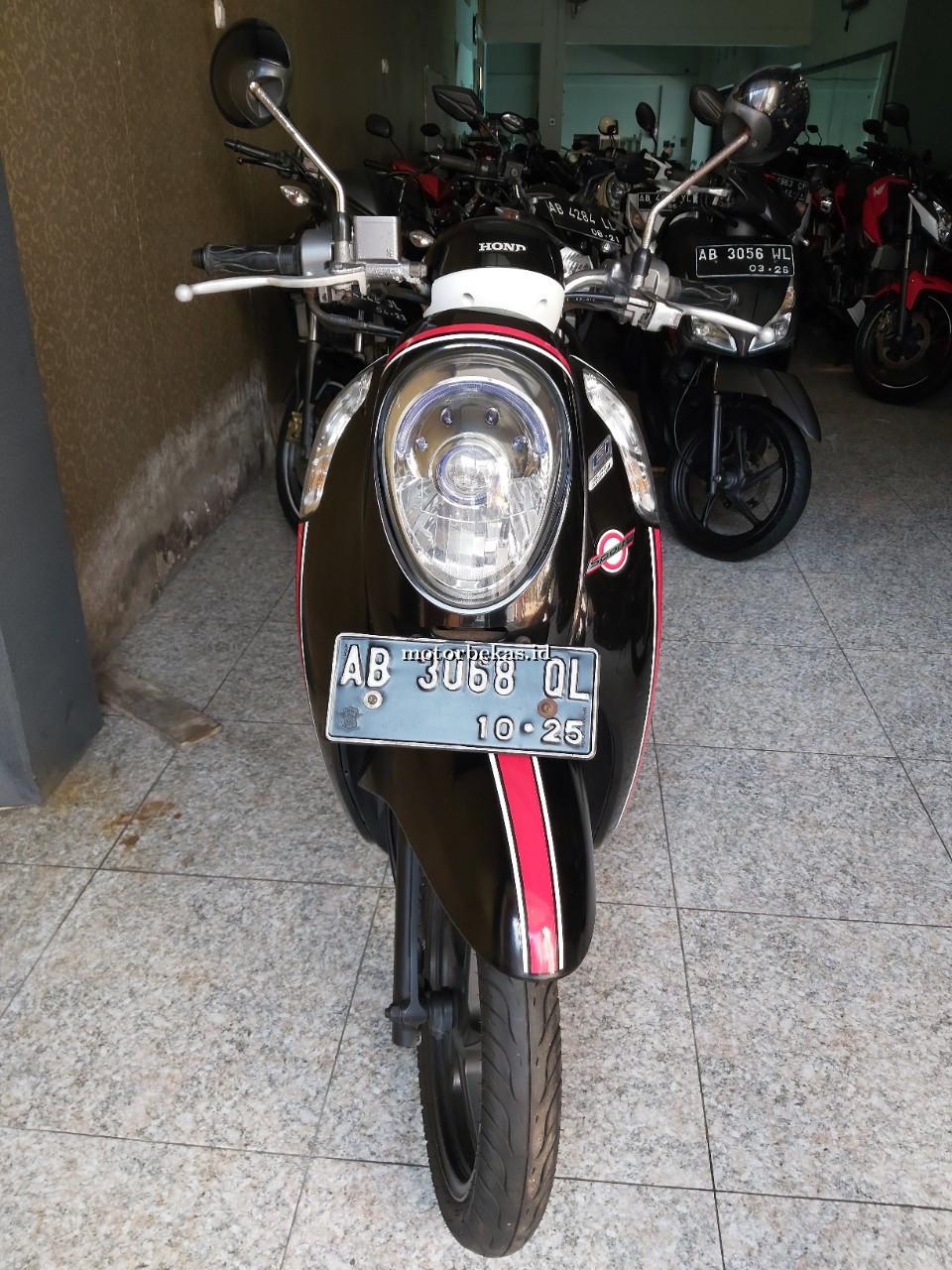 HONDA SCOOPY SPORTY FI 5 motorbekas.id