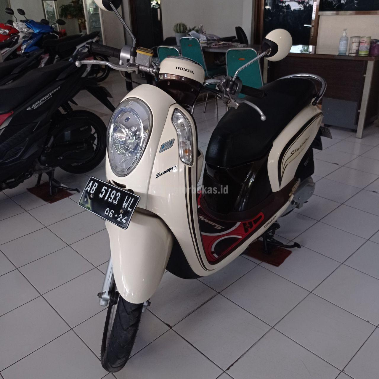 HONDA SCOOPY  2014 motorbekas.id