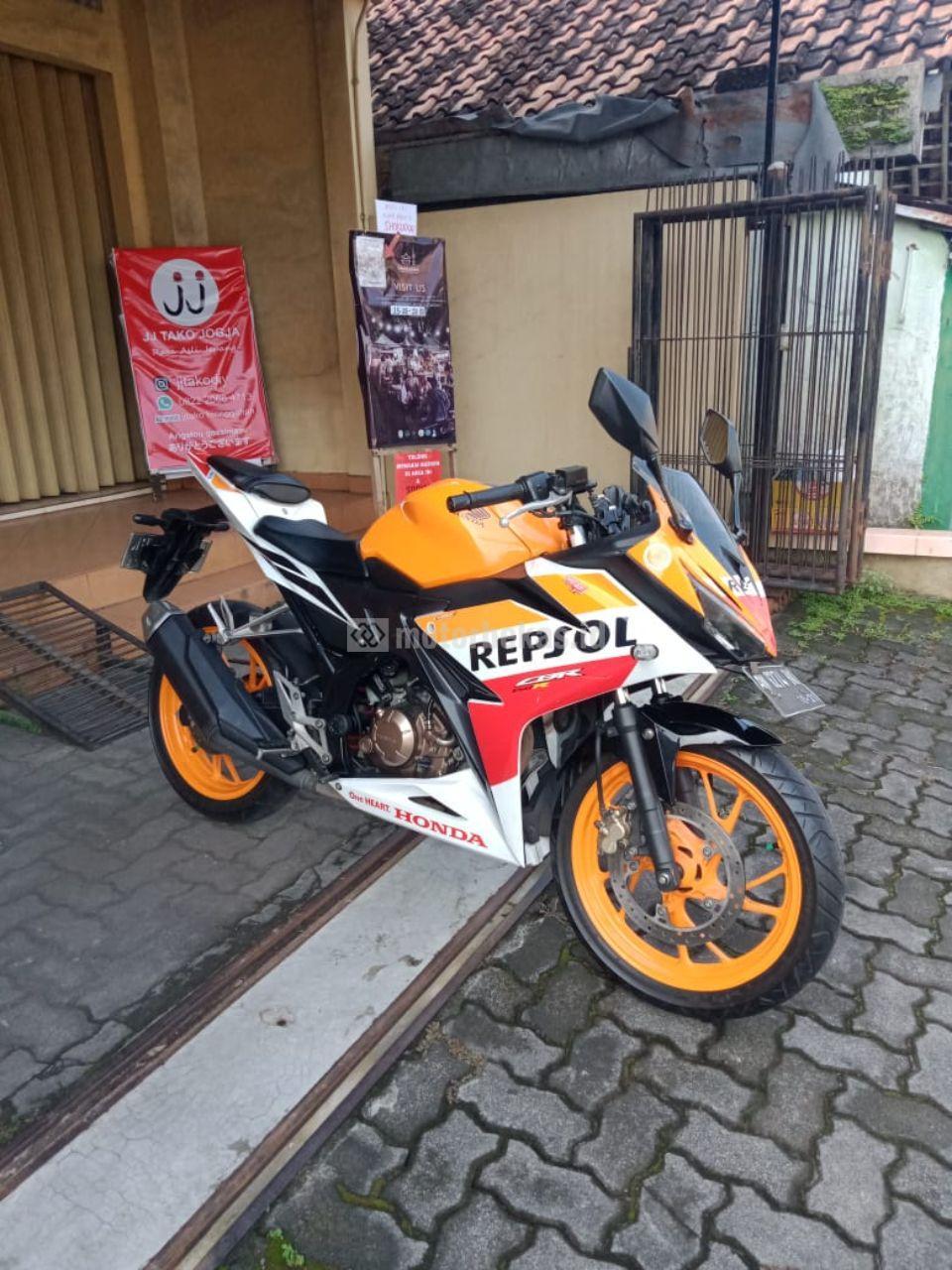 HONDA CBR 150R REPSOL 756 motorbekas.id
