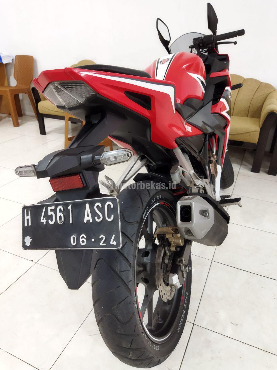 HONDA CBR 150R ABS 911 motorbekas.id