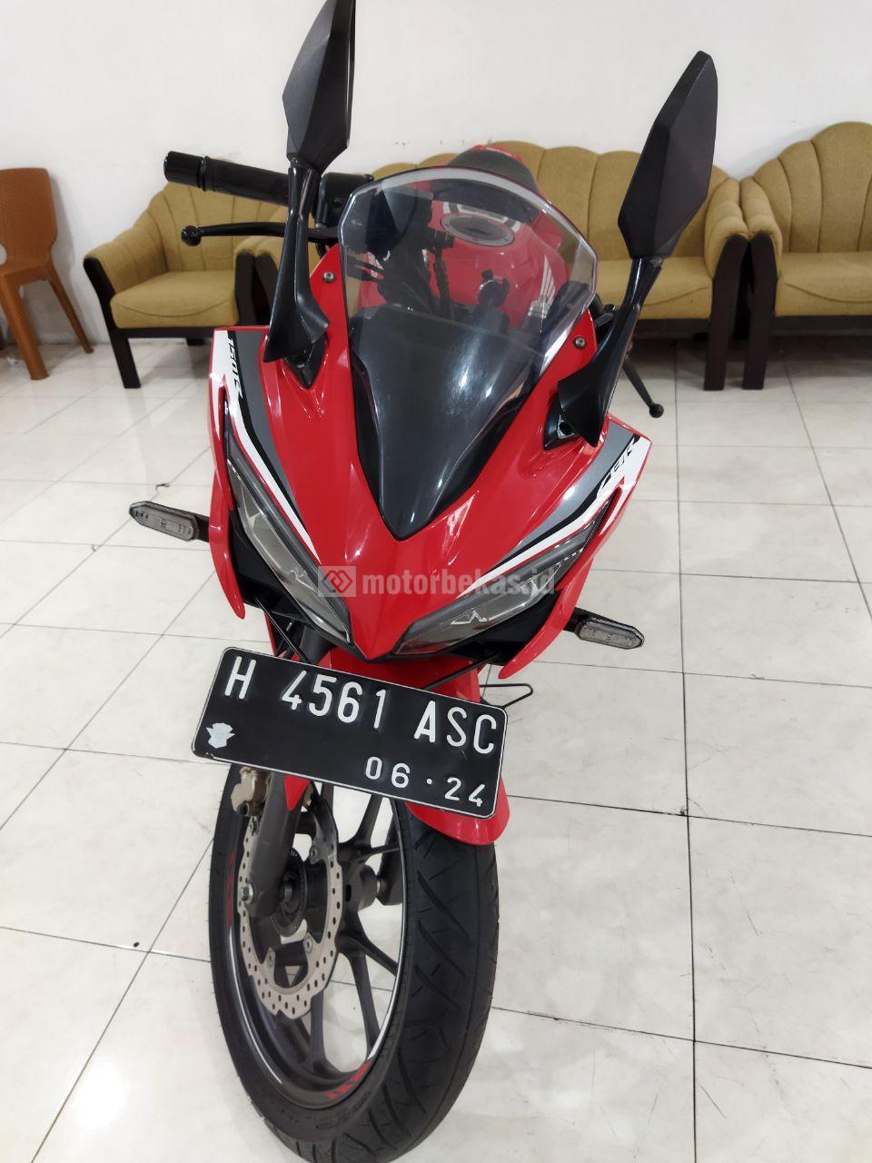 HONDA CBR 150R ABS 910 motorbekas.id