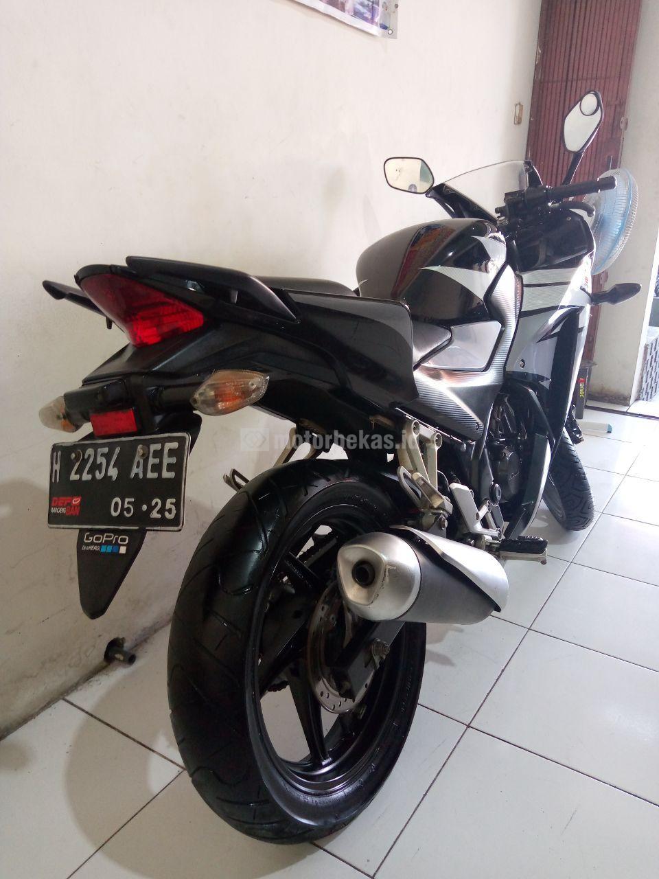 HONDA CBR 150  1004 motorbekas.id