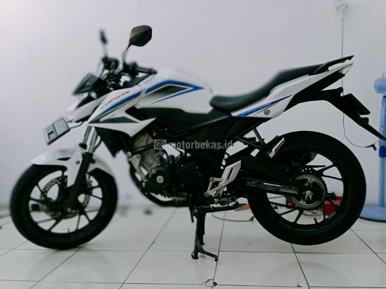 HONDA CB 150R FI 949 motorbekas.id