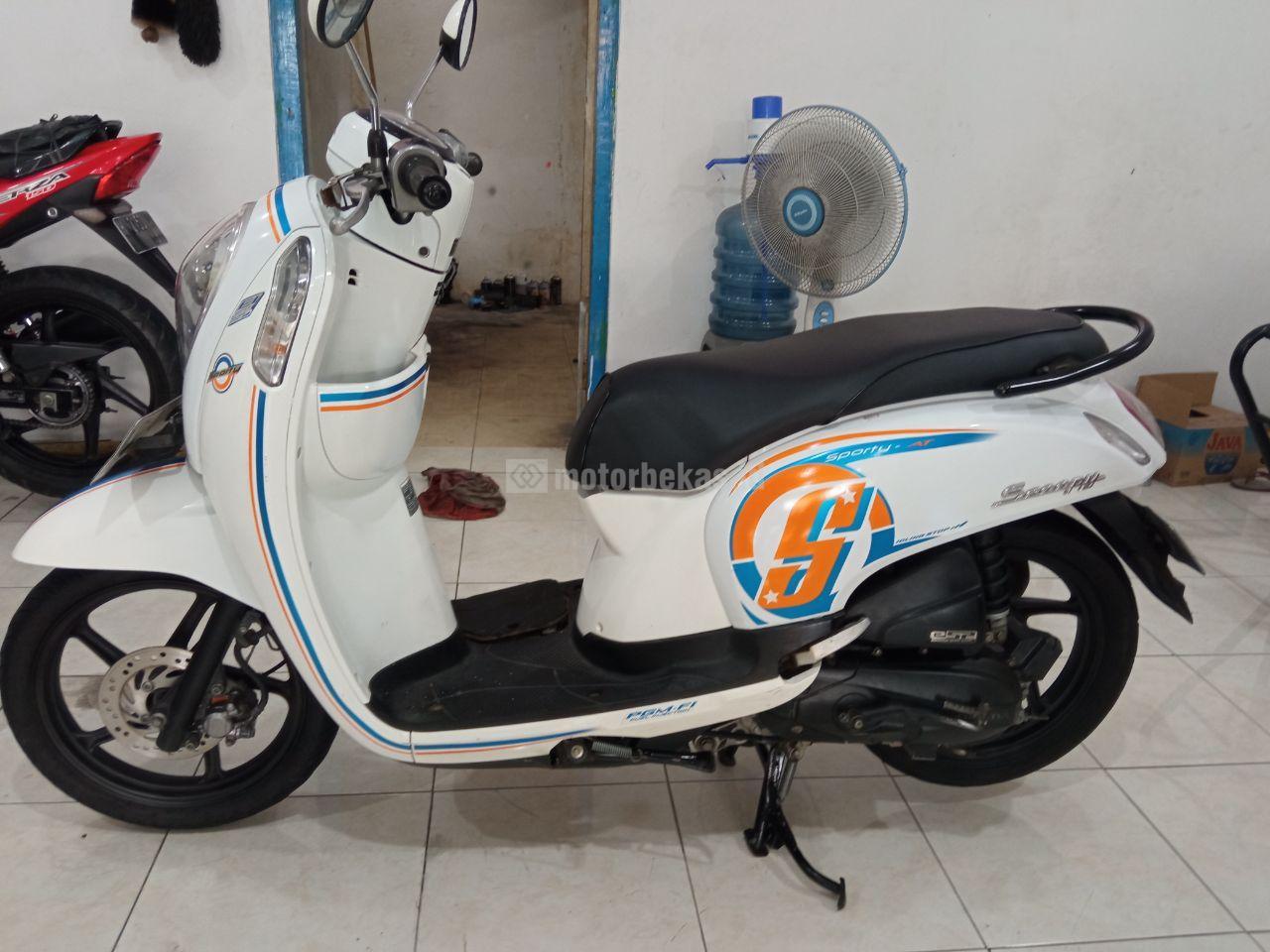 HONDA SCOOPY  1076 motorbekas.id