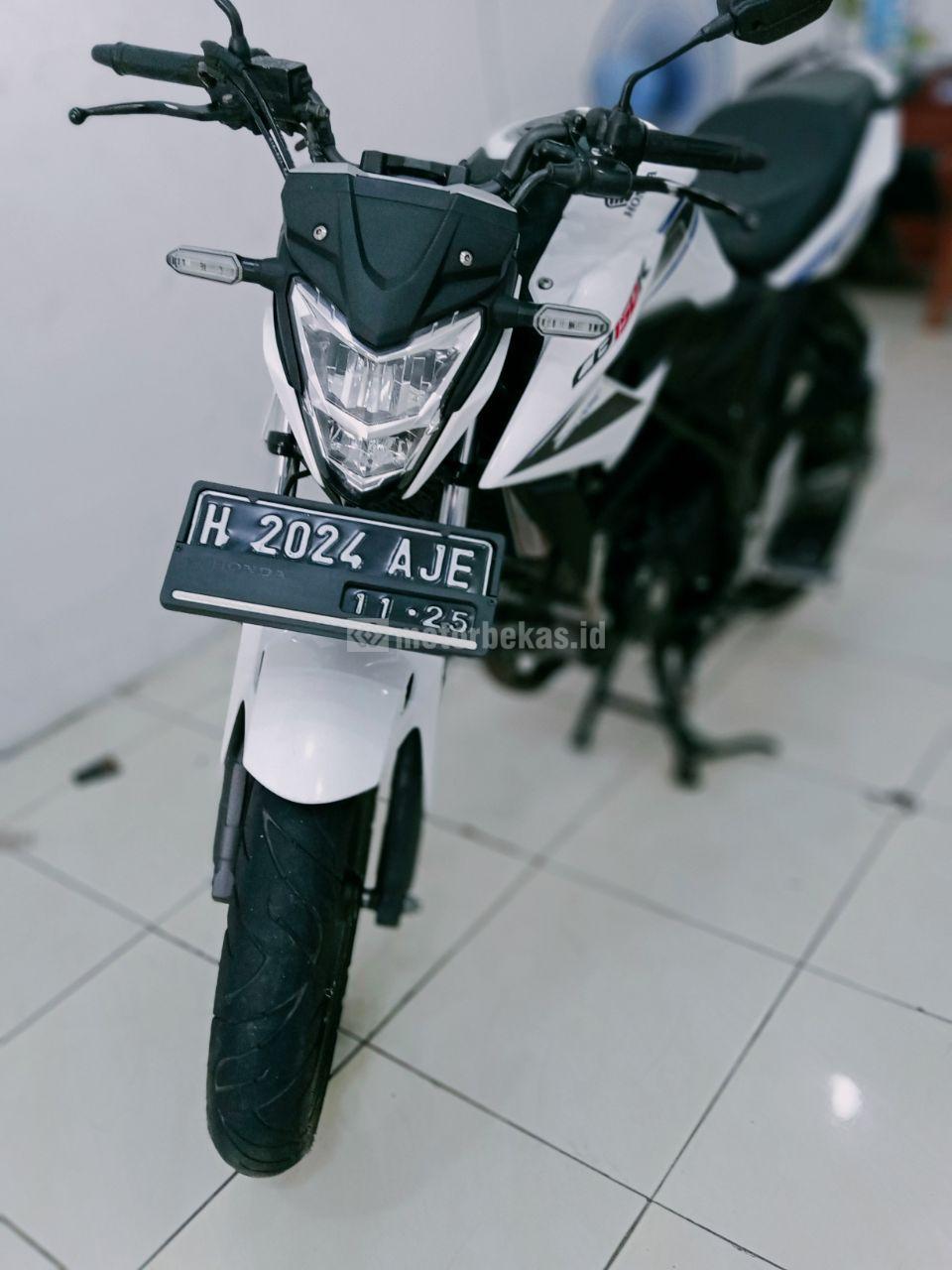 HONDA CB 150R FI 950 motorbekas.id