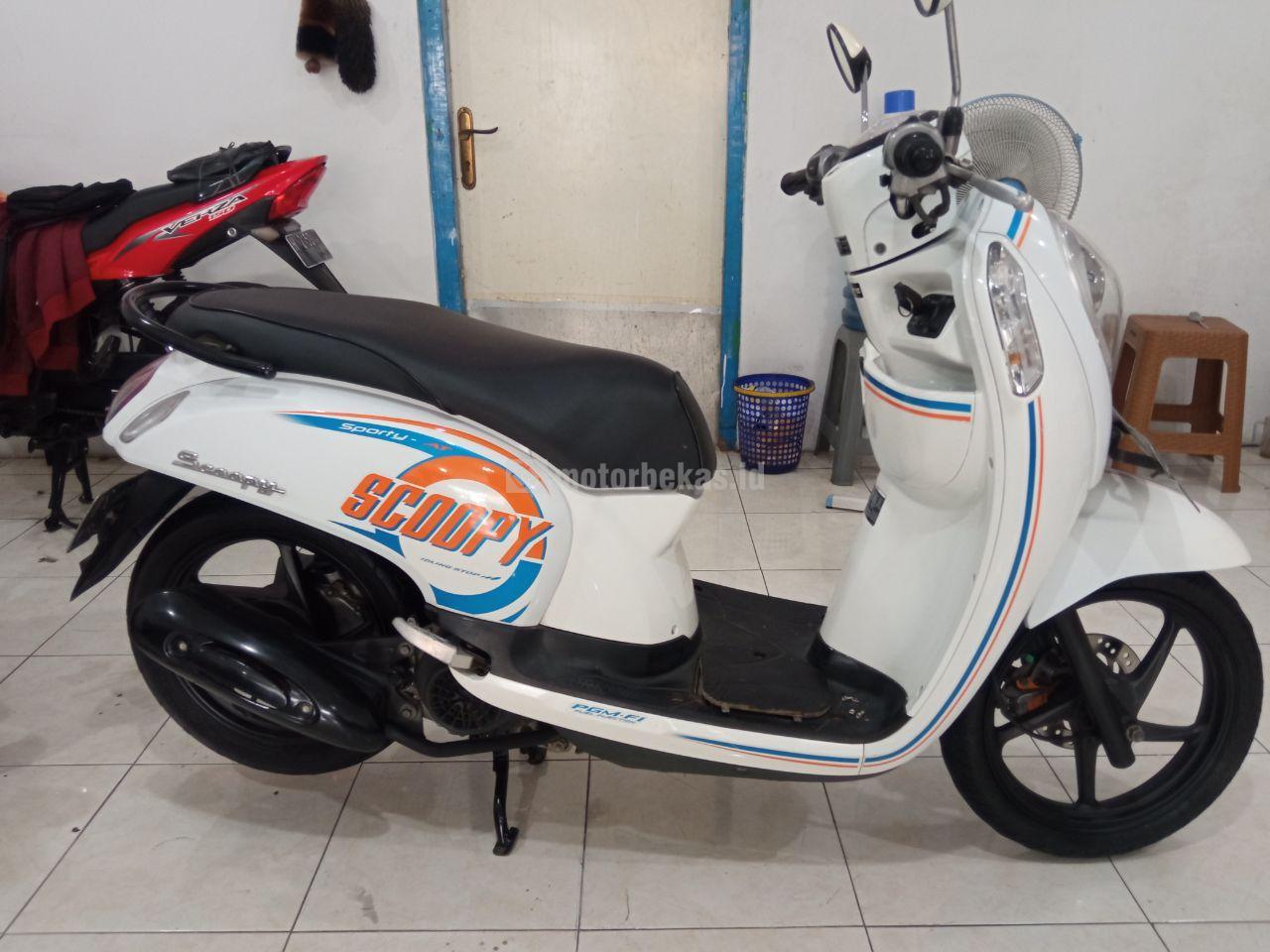 HONDA SCOOPY  1075 motorbekas.id