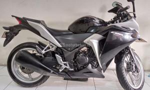 HONDA CBR 250R ABS Image