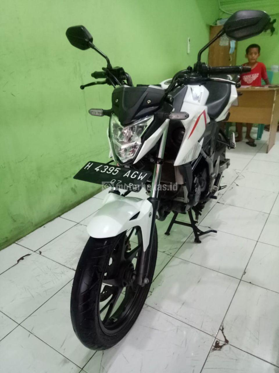 HONDA CB 150R  1104 motorbekas.id