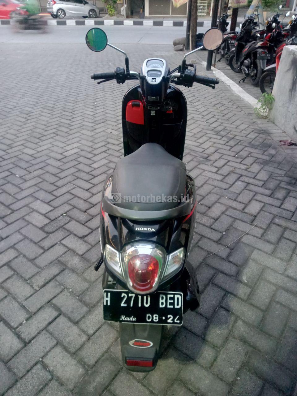 HONDA SCOOPY FI 2202 motorbekas.id
