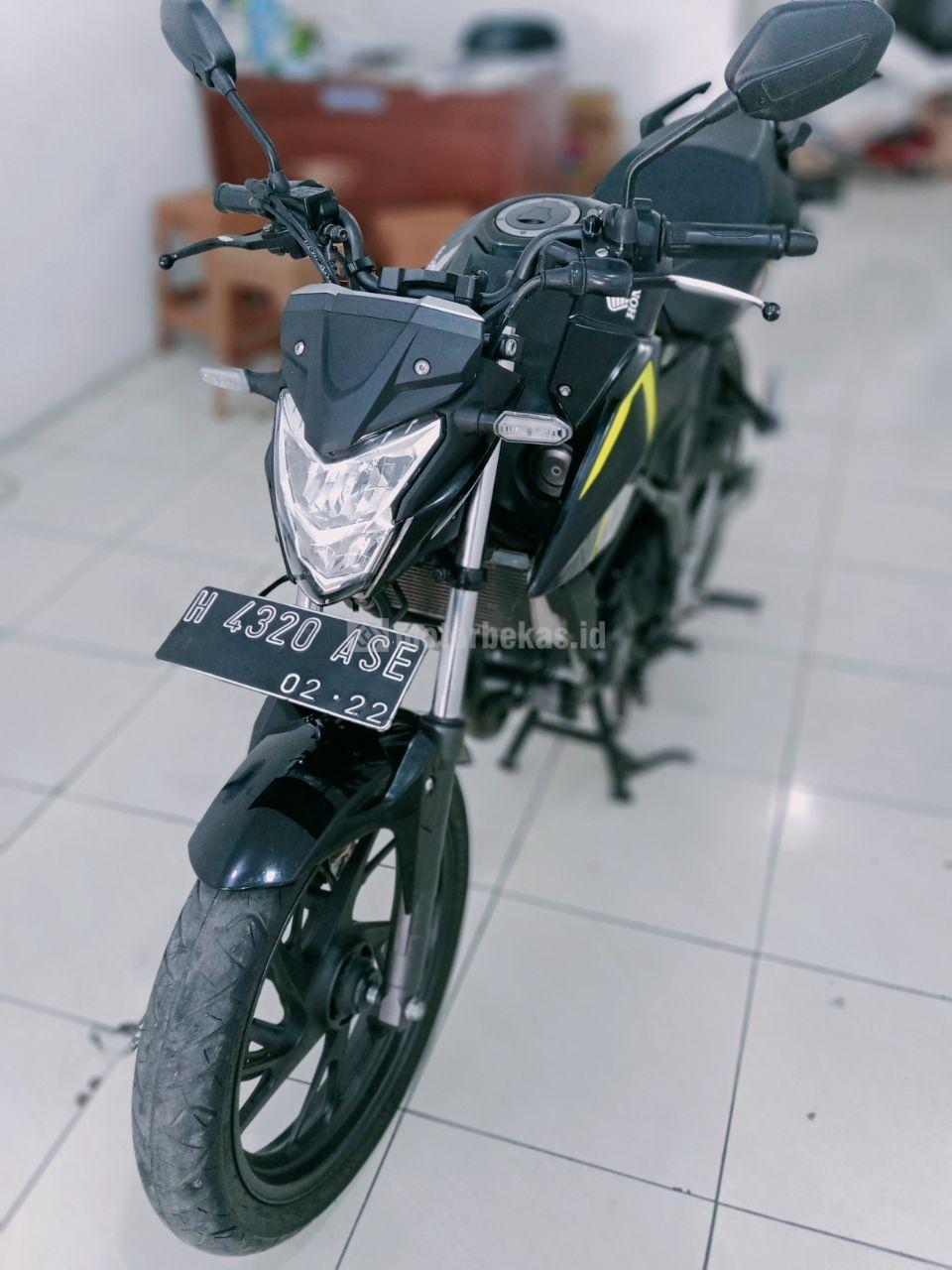 HONDA CB150R 2017 FI 2396 motorbekas.id