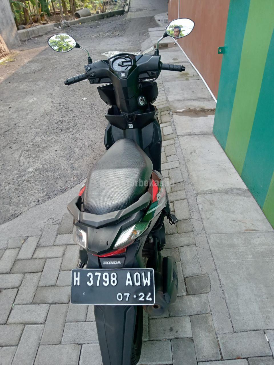 HONDA BEAT FI 2698 motorbekas.id