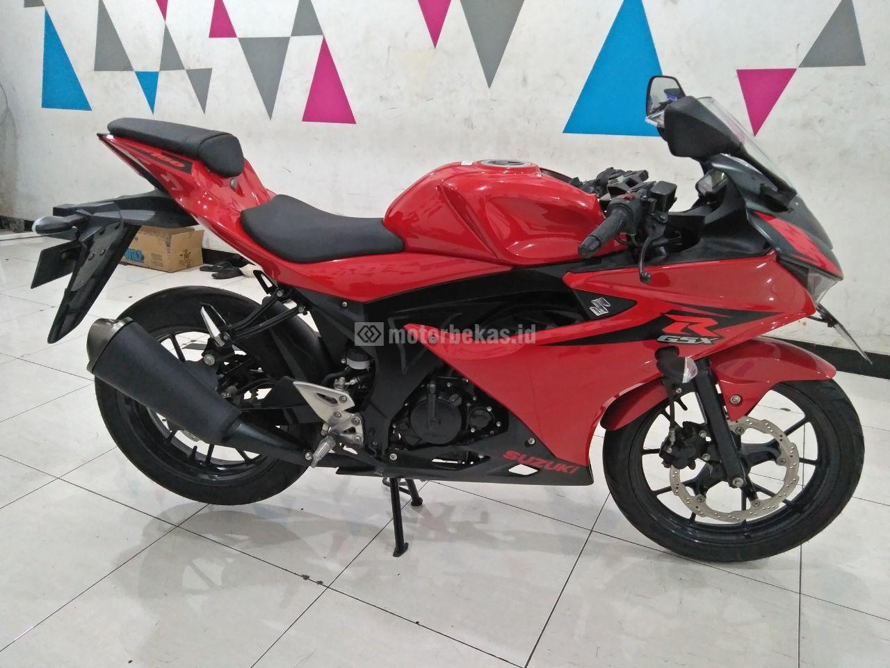 SUZUKI GSX 150R  3068 motorbekas.id