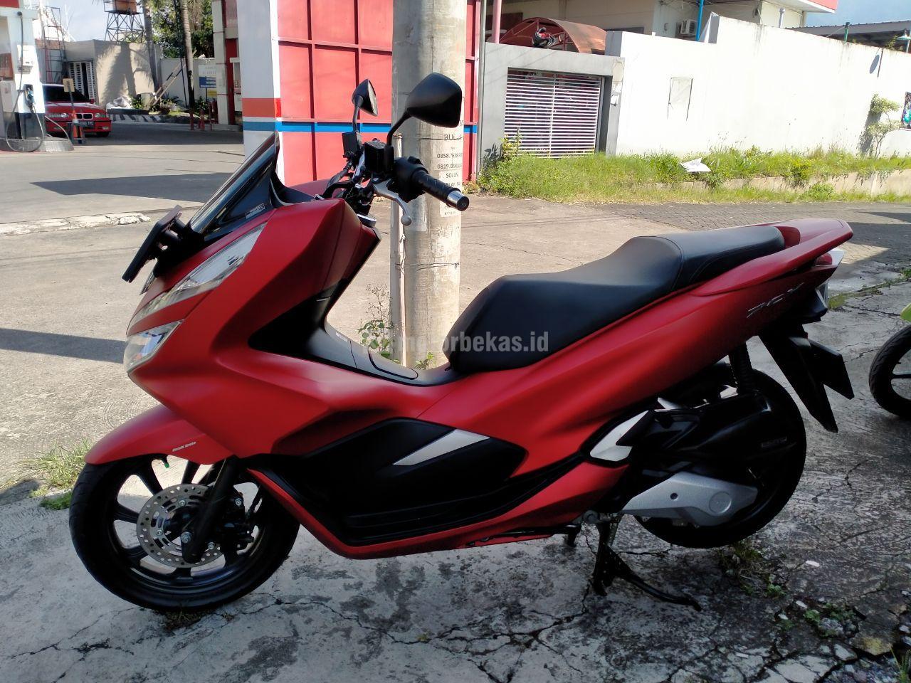 HONDA PCX  3014 motorbekas.id