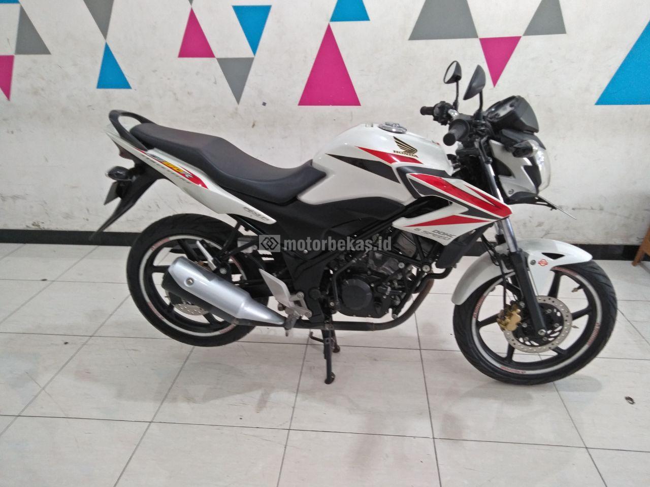 HONDA CB 150R  3008 motorbekas.id