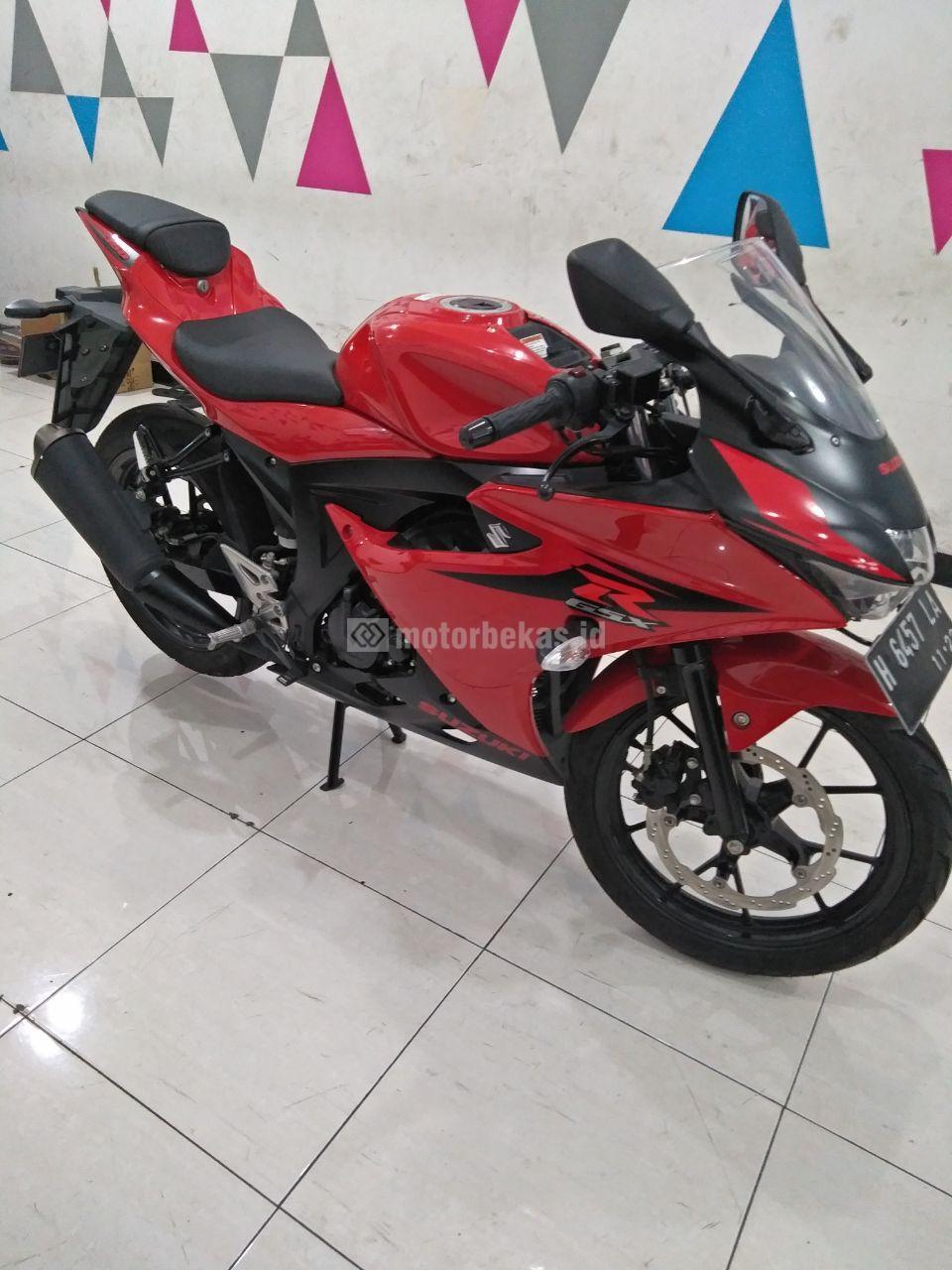 SUZUKI GSX 150R  3064 motorbekas.id