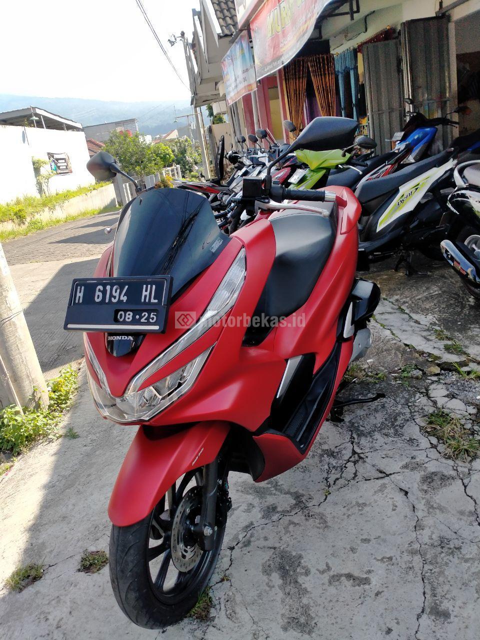 HONDA PCX  3017 motorbekas.id