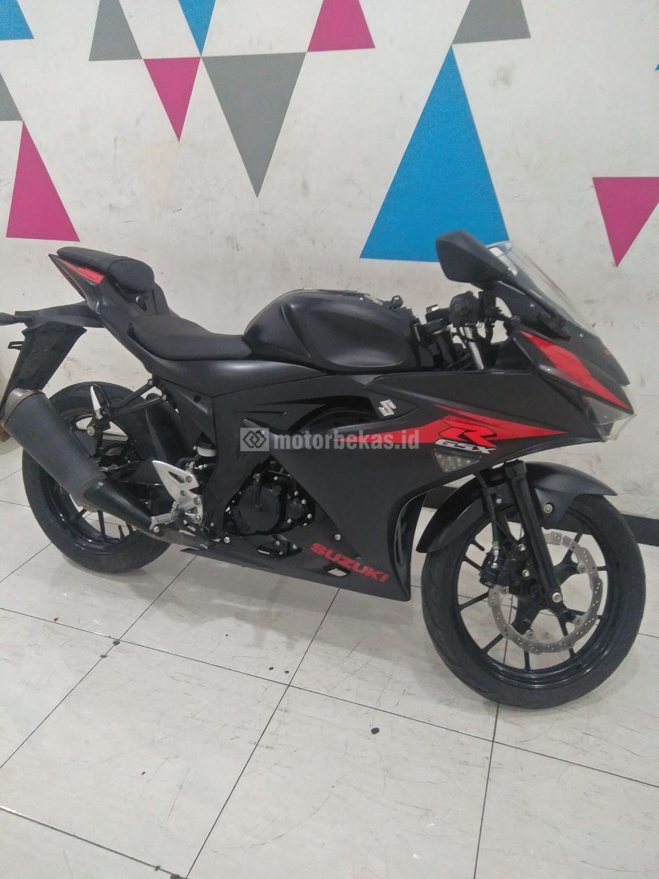 SUZUKI GSX 150R  3069 motorbekas.id