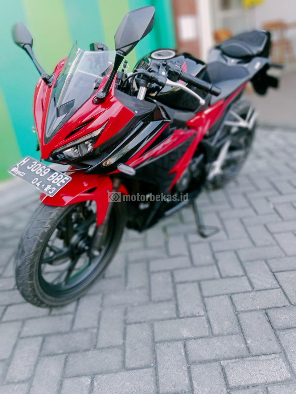 HONDA CBR 150R FI 3186 motorbekas.id