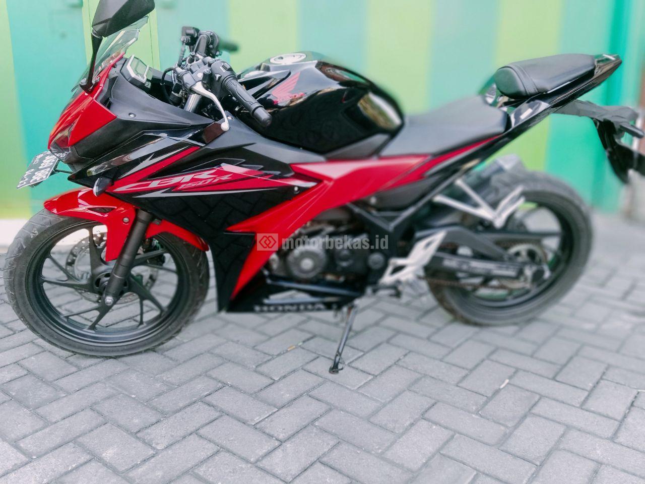 HONDA CBR 150R FI 3185 motorbekas.id