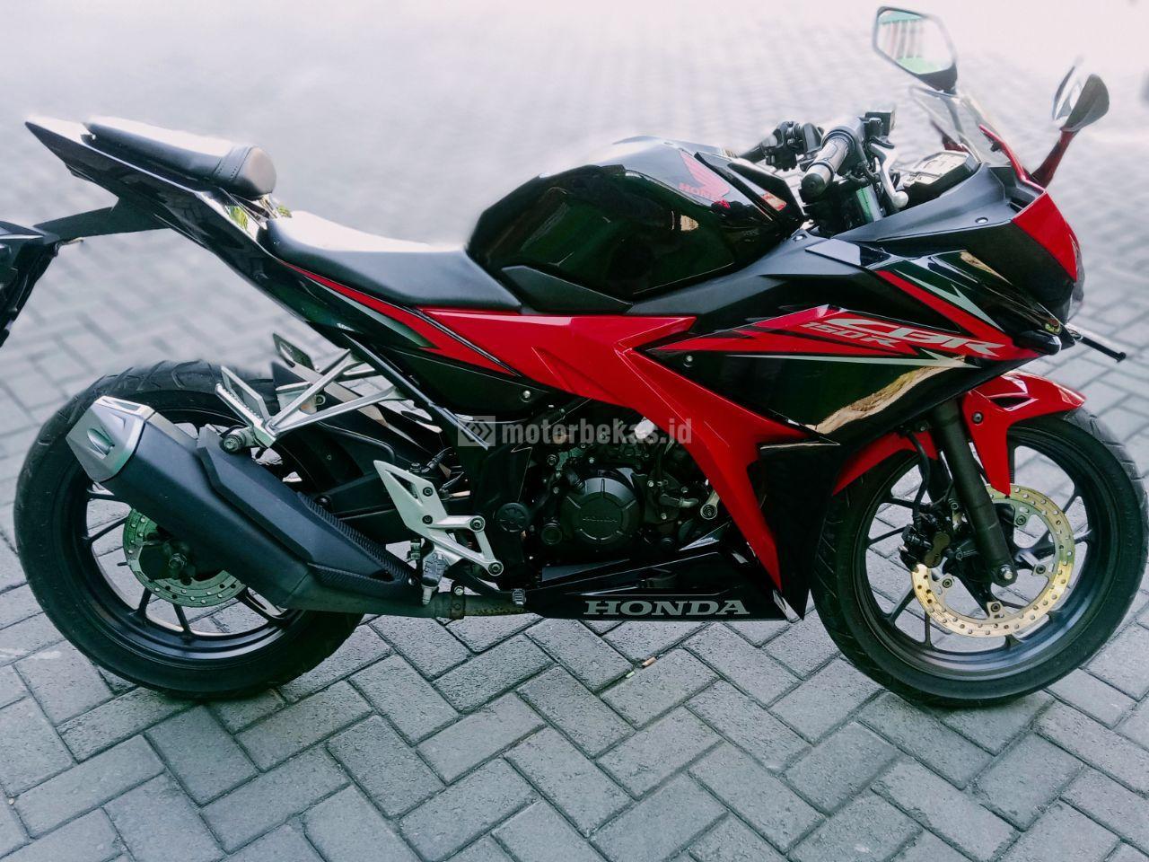 HONDA CBR 150R FI 3188 motorbekas.id