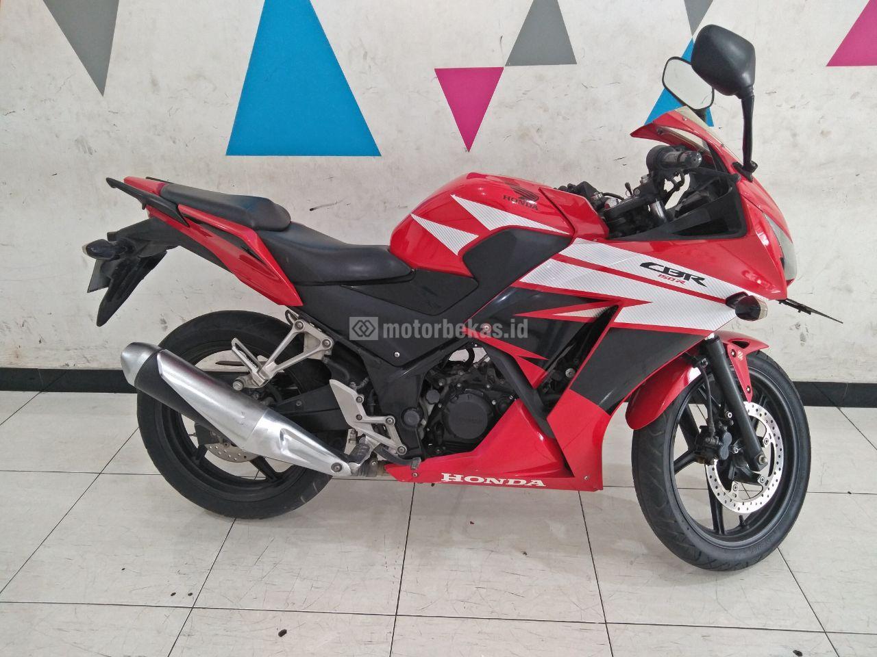 HONDA CBR 150  3842 motorbekas.id