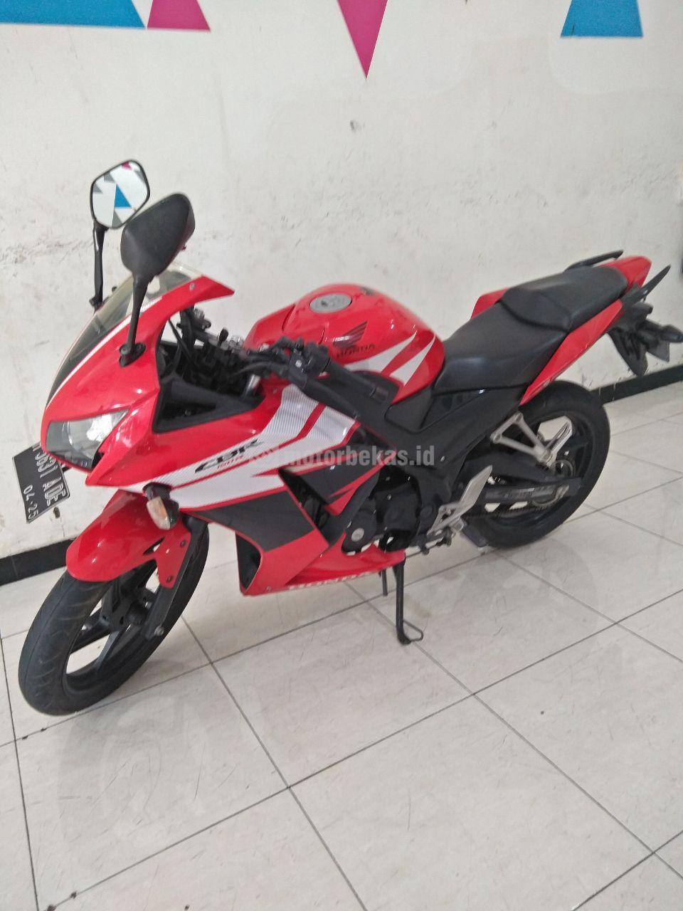 HONDA CBR 150  3839 motorbekas.id