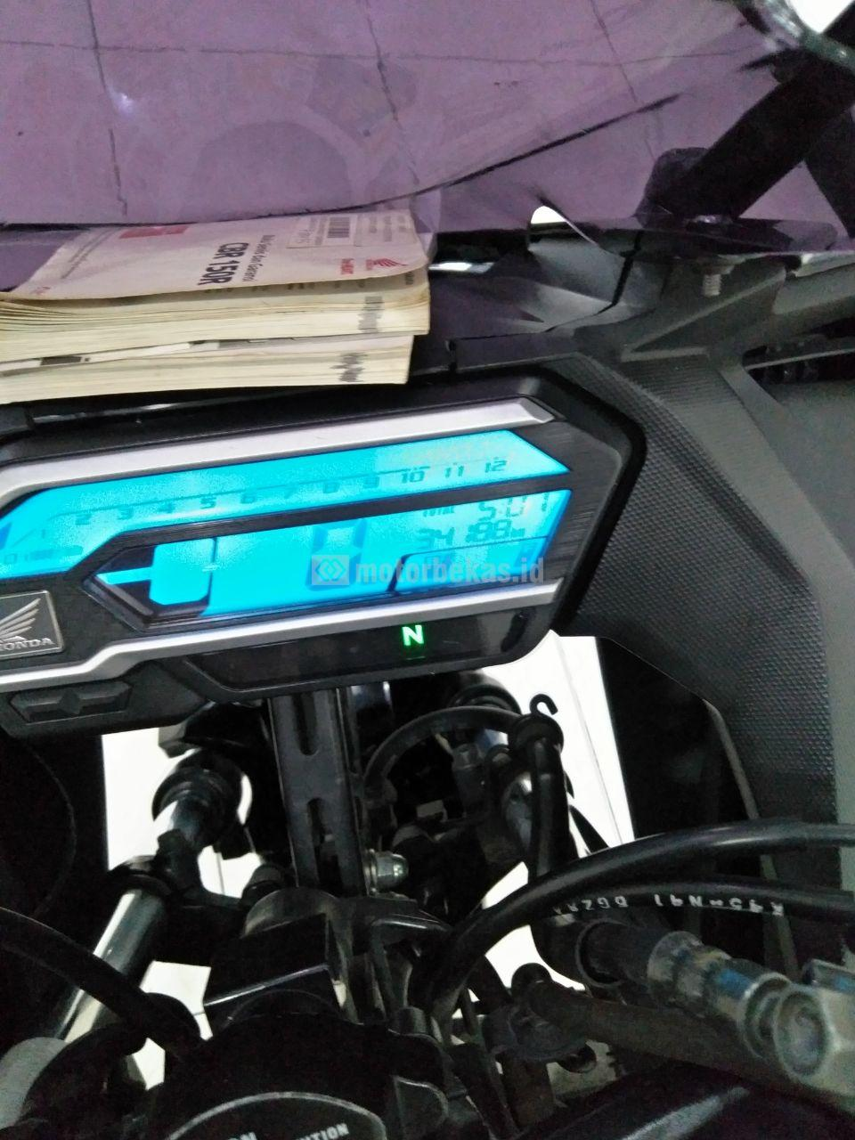 HONDA CBR 150R  3855 motorbekas.id