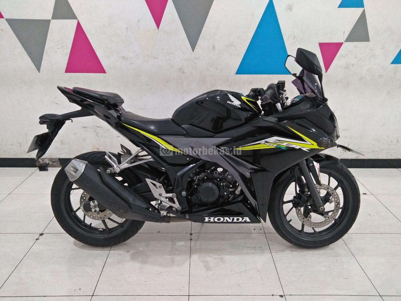 HONDA CBR 150R  3857 motorbekas.id