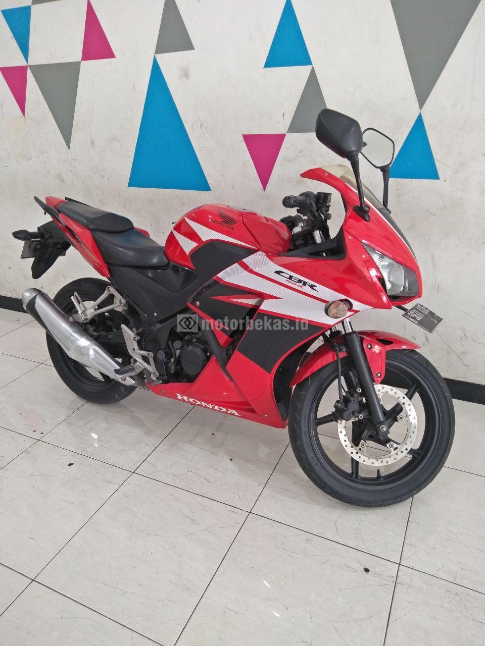 HONDA CBR 150  3838 motorbekas.id