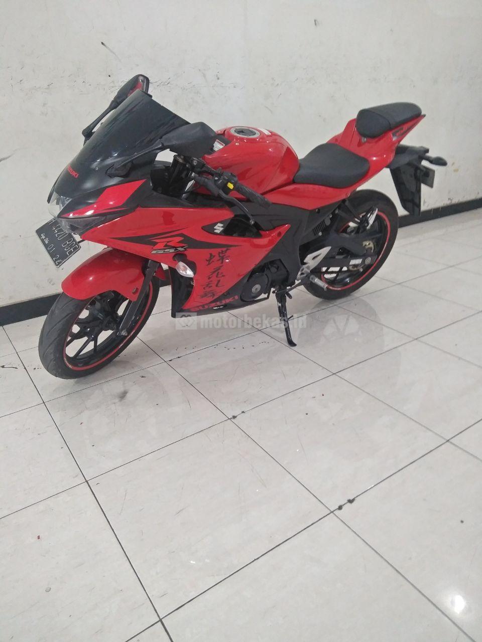SUZUKI GSX 150R  2018 motorbekas.id